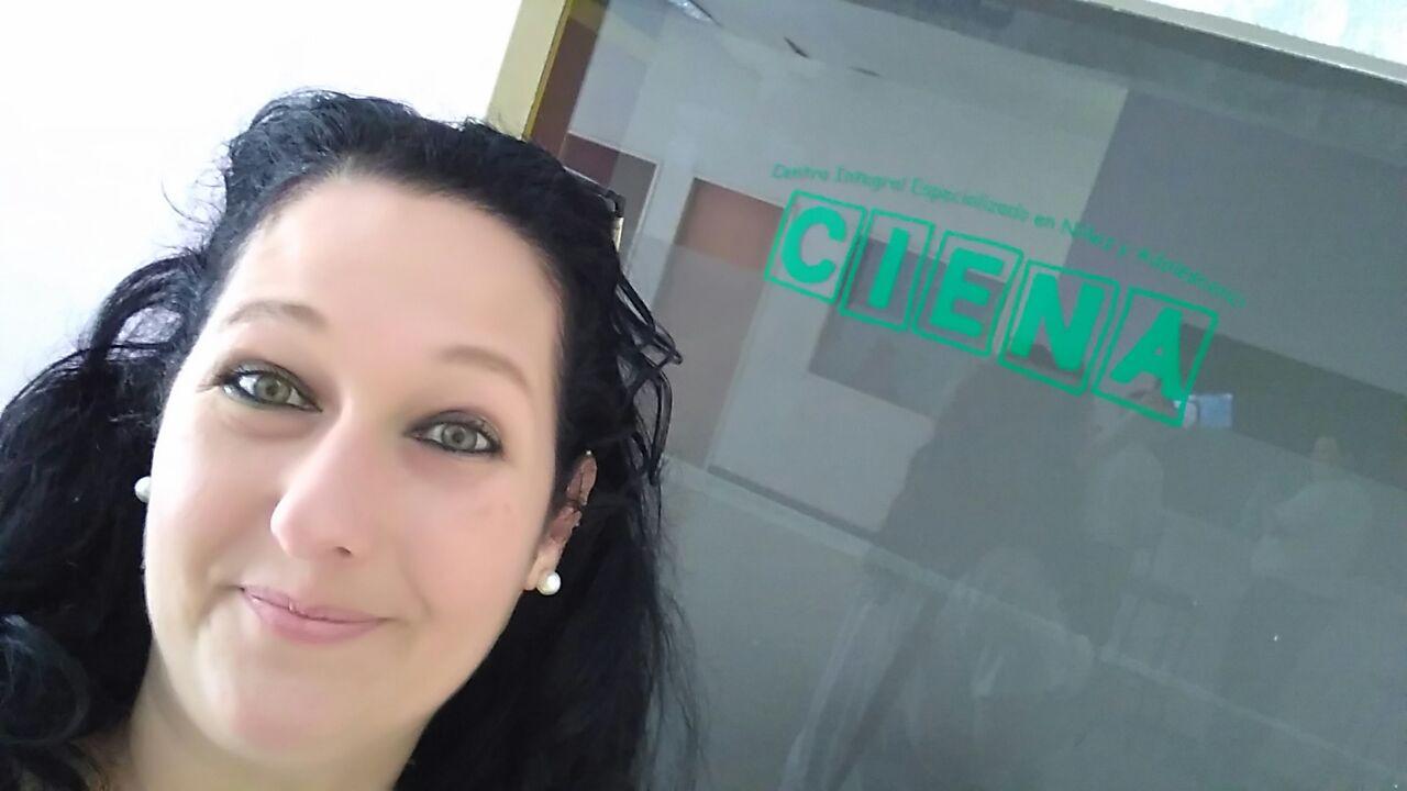 Simone Humel, da Clínica Jorge Jaber, faz visita ao CIENA, de Buenos Aires